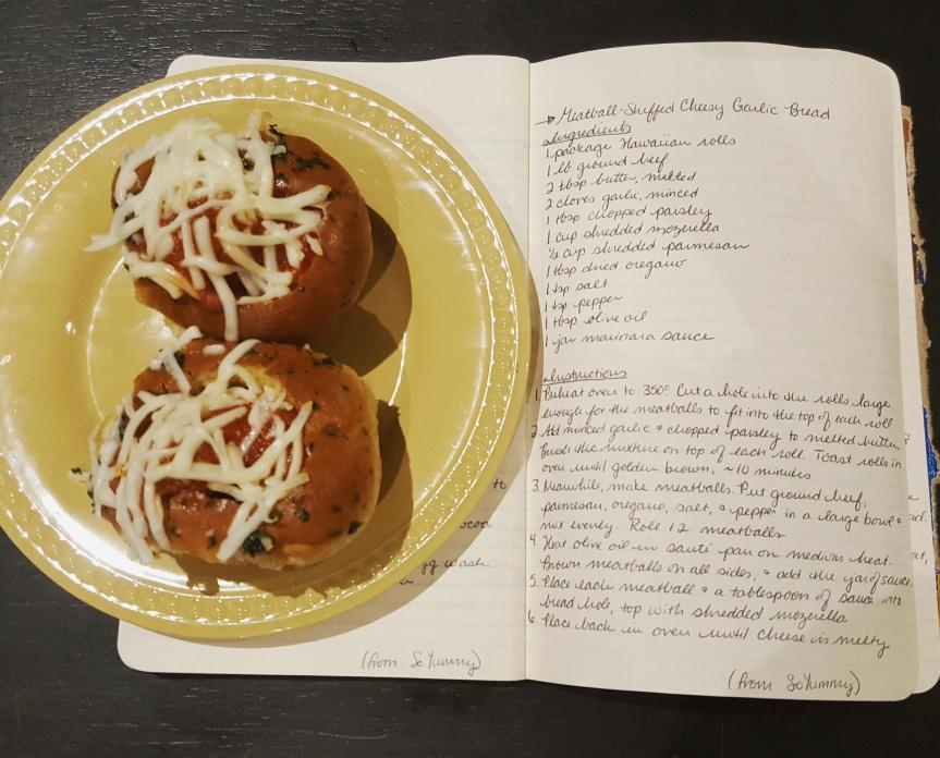 Recipe Review: Meatball-Stuffed Cheesy GarlicBread
