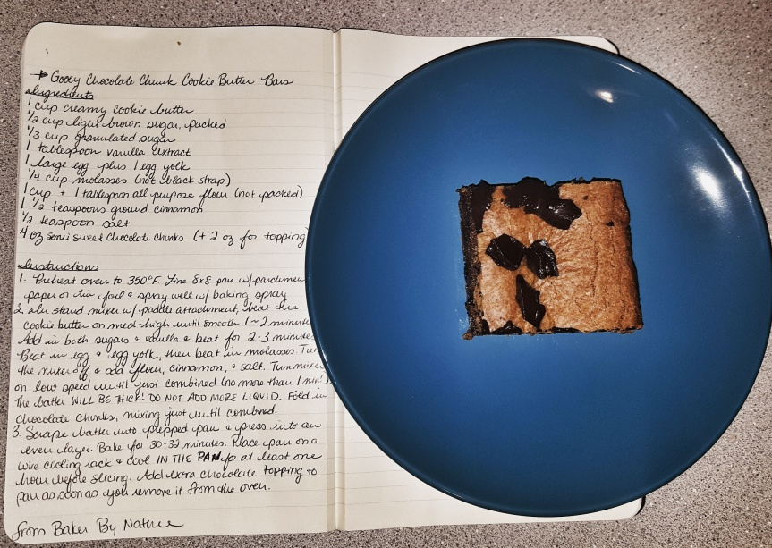 Recipe Review: Gooey Chocolate Chunk Cookie ButterBars
